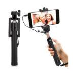 Wire Selfie Three Generations Drive